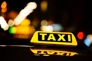 uber-supera-i-taxi-gialli-a-new-york.jpg